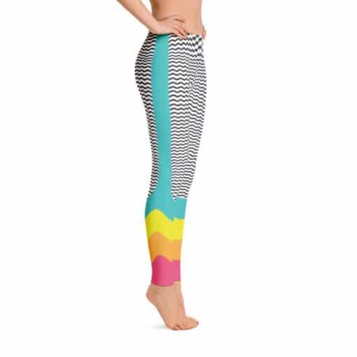 90s Style Wave Print Leggings by Treaja